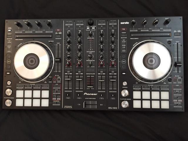 Pioneer DDJ-SX2- €480 , Pioneer XDJ-RX - €700 , Pioneer CDJ-2000NXS2 -€1000